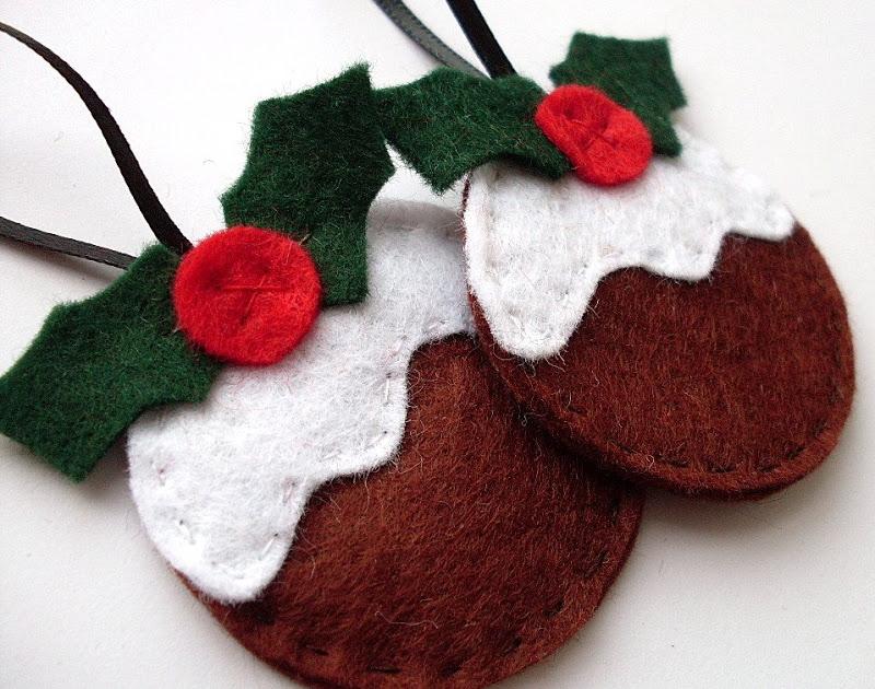 30+ Wonderful DIY Felt Ornaments For Christmas - felt christmas decorations