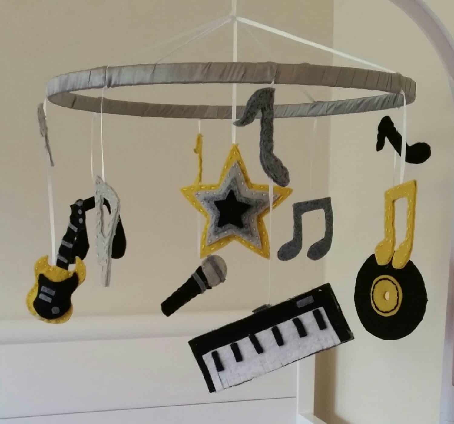 Rock And Roll Themed Room 15 Inspirational Diy Projects That Celebrate Rock Music