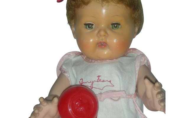 Vintage 1950s American Character Tiny Tears Doll 14 Inch