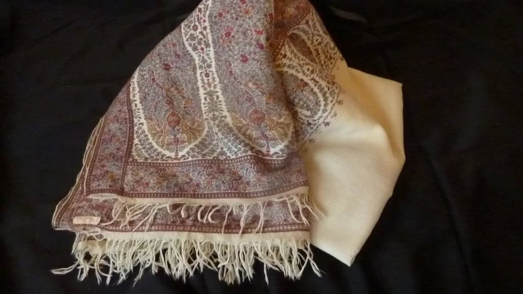 Rare Large Antique Kashmir Paisley Shawl Throw Indienne