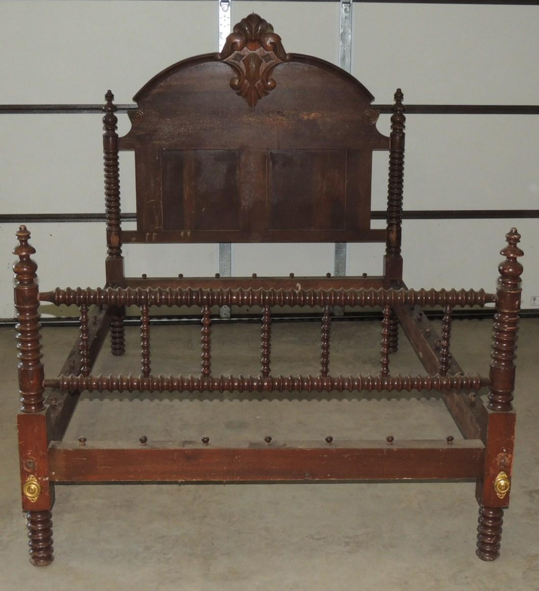 Antique Jenny Lind Spool Rope Bed From