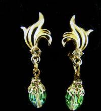 Green Aurora Borealis Dangle Earrings from vintageveranda ...