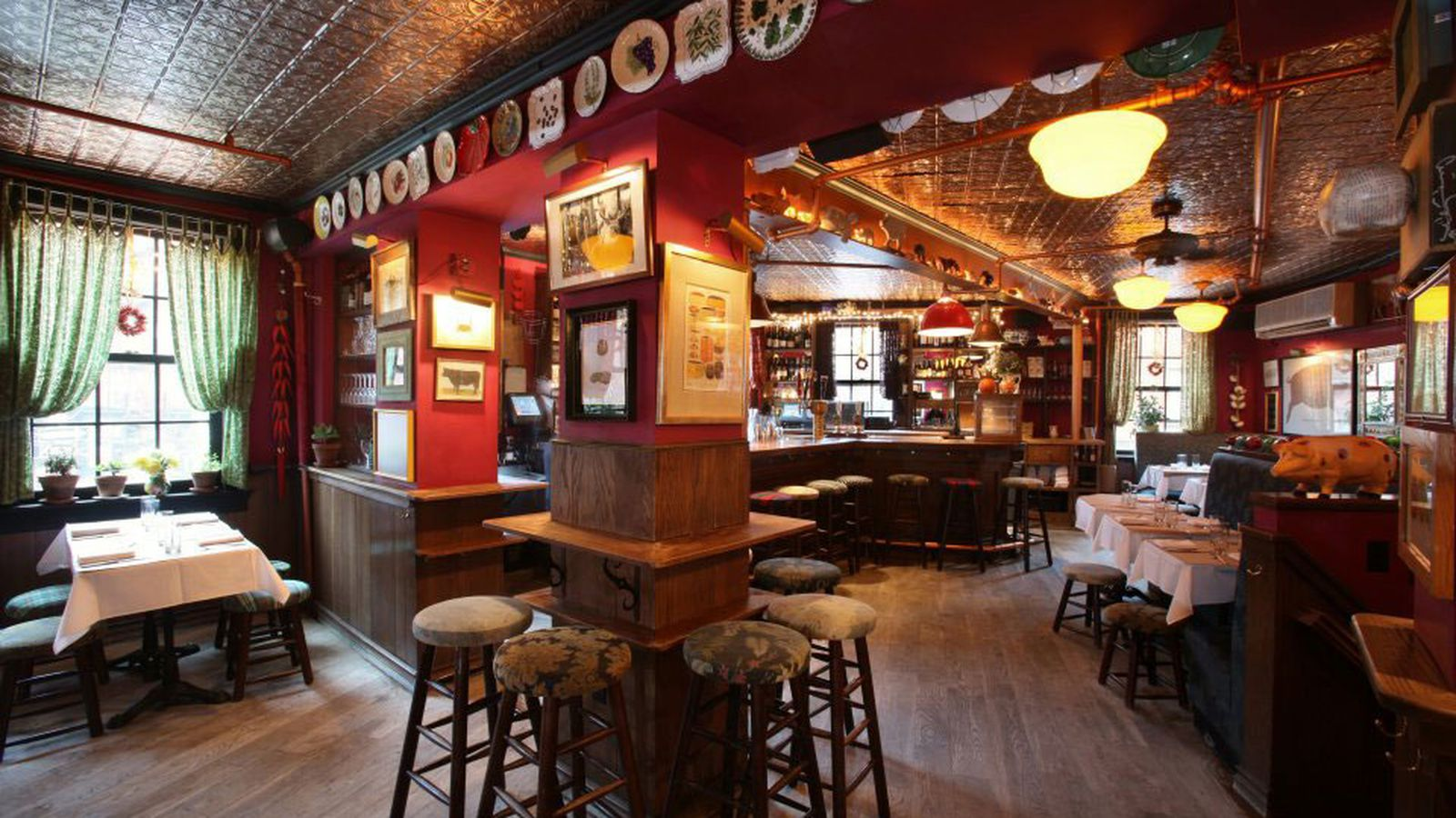 Le Dialogue Interieur Hal Stone Gordon Ramsay Has Officially Turned Over The Spotted Pig