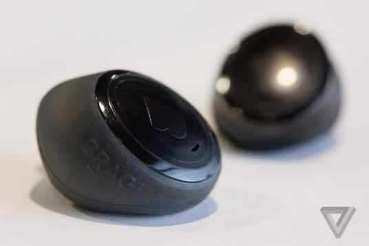 Bragi Dash wireless earbuds