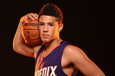 Phoenix Suns rookie Devin Booker has fun at rookie photo shoot - Bright Side Of The Sun