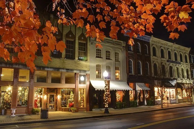 Gatlinburg In The Fall Wallpaper 15 Tiny Towns You Need To See In Tennessee