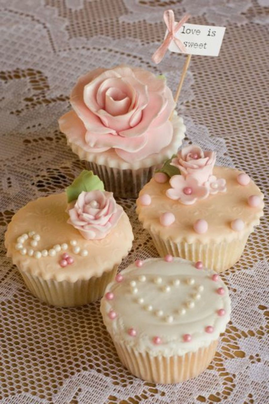 vintage wedding cupcakes wedding cupcake ideas Vintage Wedding Cupcakes on Cake Central