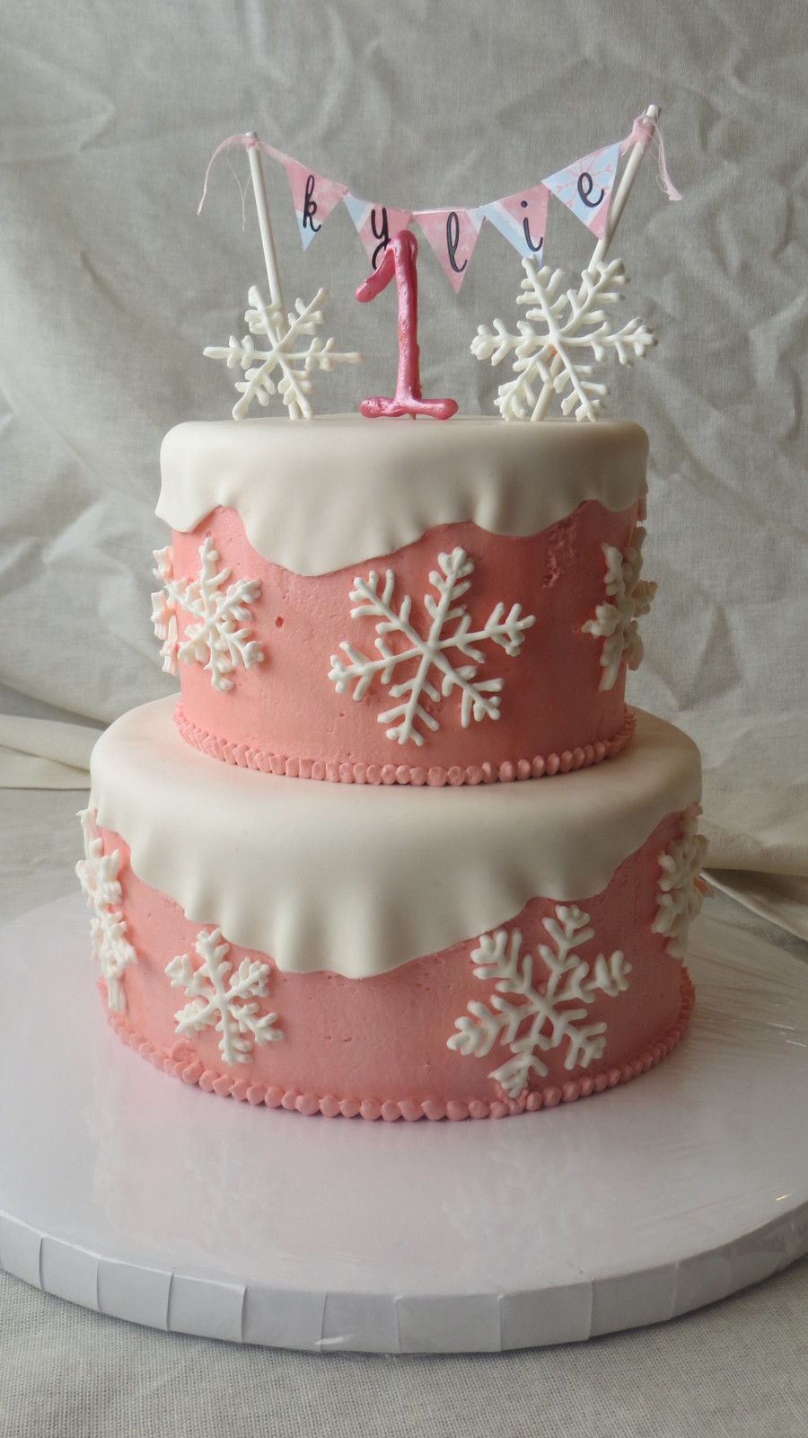 Cute Baby Girl Wallpapers Free Winter Onederland Cake Royal Icing Snowflakes Buttercream