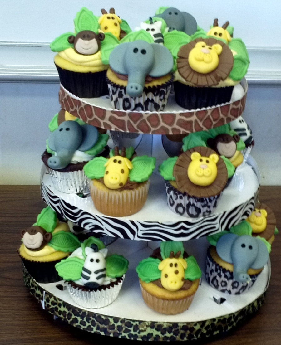 Safari themed baby shower cupcakes cakecentral com