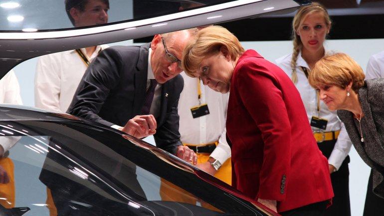 La canciller de Alemania, Angela Merkel, inauguró oficialmente el evento.