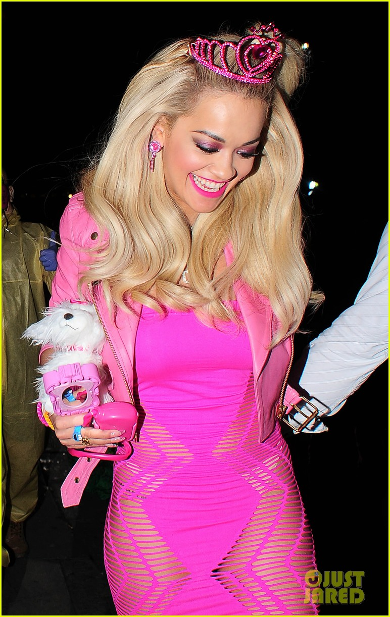 Cute Barbie Doll Wallpaper Images Rita Ora Looks Gets All Dolled Up As Barbie For Halloween