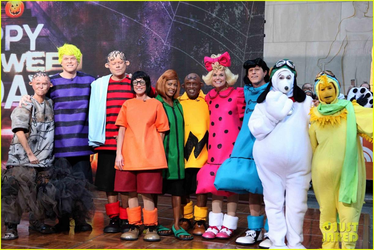 Fullsize Of Charlie Brown Halloween Costume