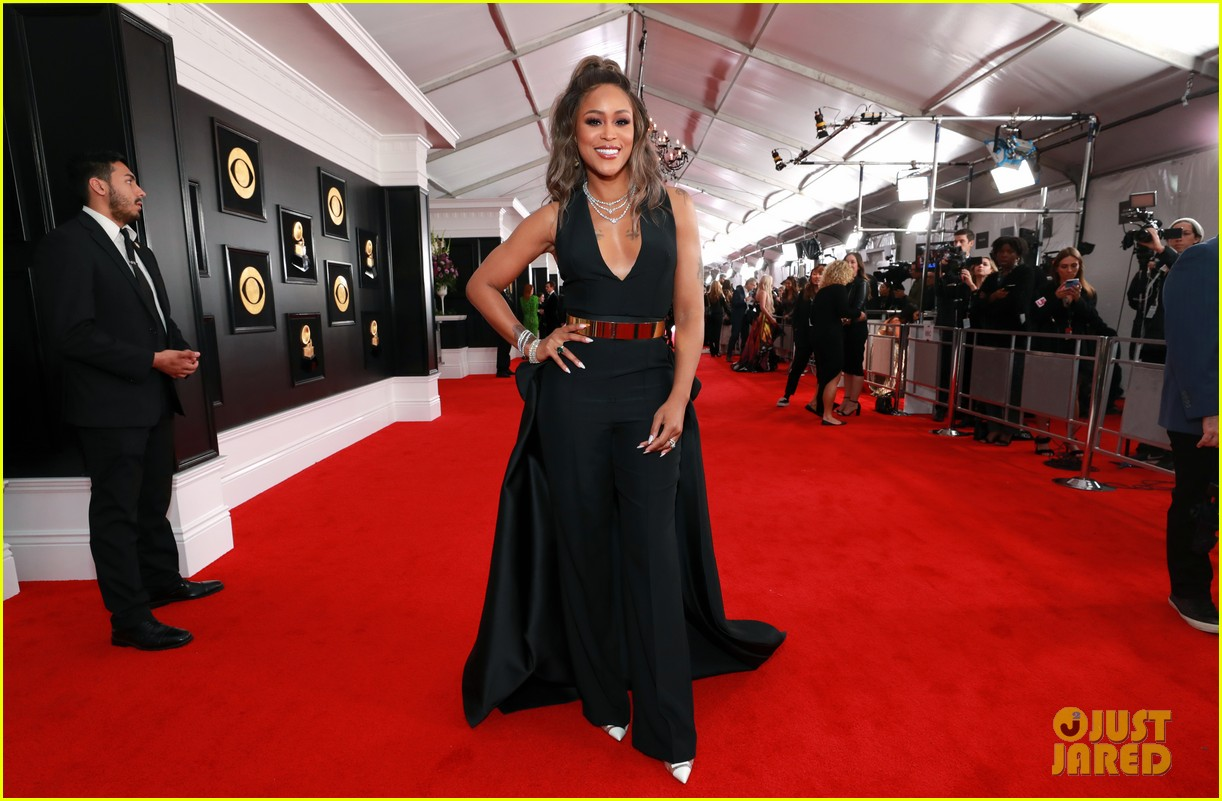 Eve Slays In Black Gold On Grammys 2019 Red Carpet