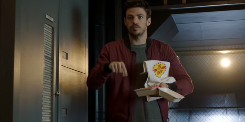 Burger Bett Grant Gustin's Barry Allen Hilariously Shows Up With Arms