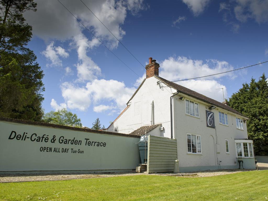 Bed And Breakfast Sudbury Suffolk The Case Restaurant With Rooms Sudbury United Kingdom Toproomscom
