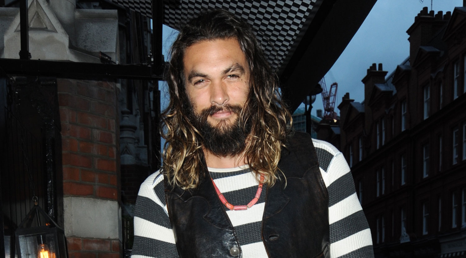 Jason Momoa Jason Momoa 39s 39aquaman 39 Movie Finds A Writer Blogparser