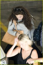 Full Sized Of Lorde Takes Boyfriend James Lowe Along For Studio