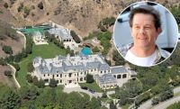 Mark Wahlberg Golf Yard Is Better Than Yours | Terez Owens