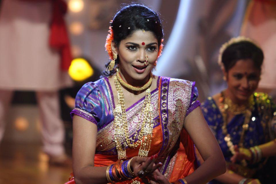 Cheater Girl Wallpaper Pooja Sawant Marathi Actress Photos Biography Wallpapers
