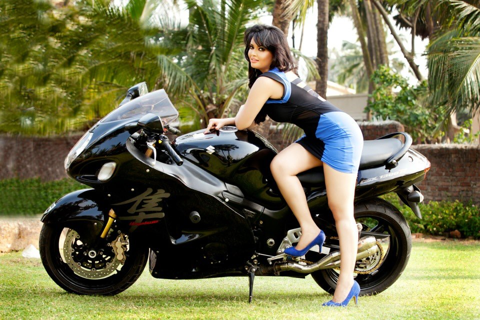 Girl In Saree Hd Wallpaper Quot Khushi Gadhvi Quot Marathi Model South Actress Photos Wallpapers