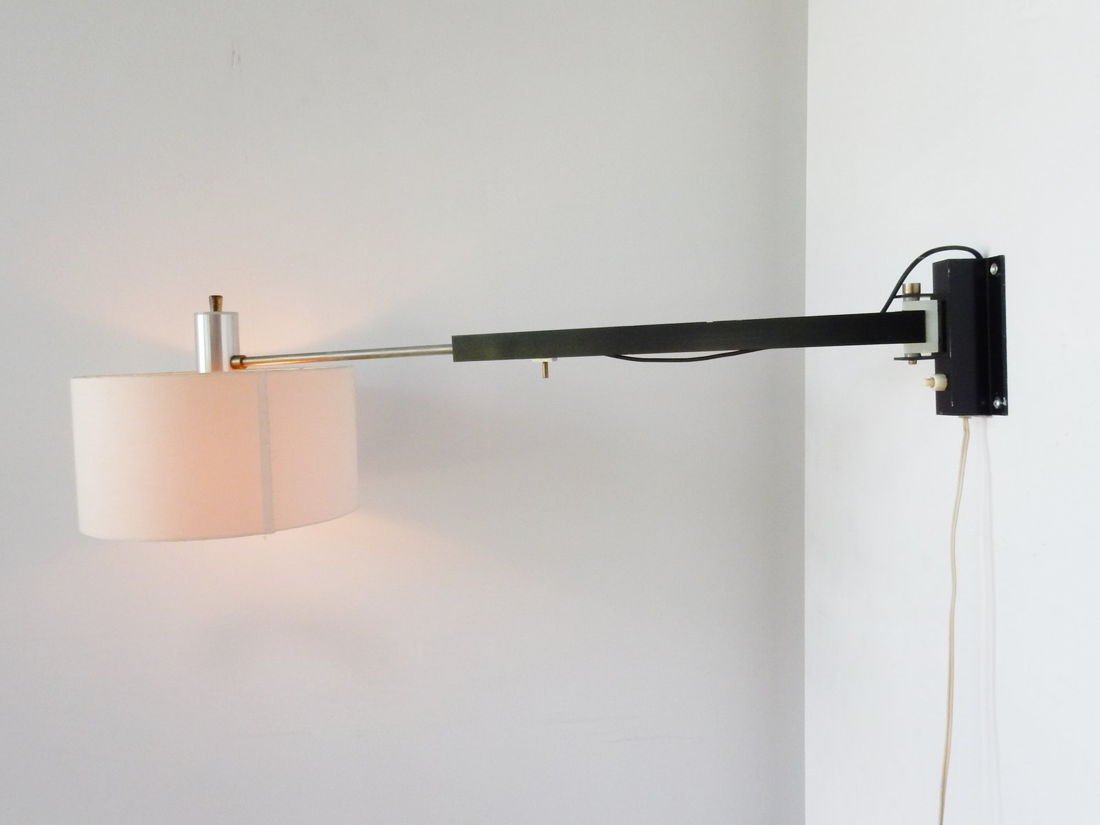 Uitschuifbare Wandlamp Vintage Extendable Swiveling Wall Lamp 1960s For Sale At