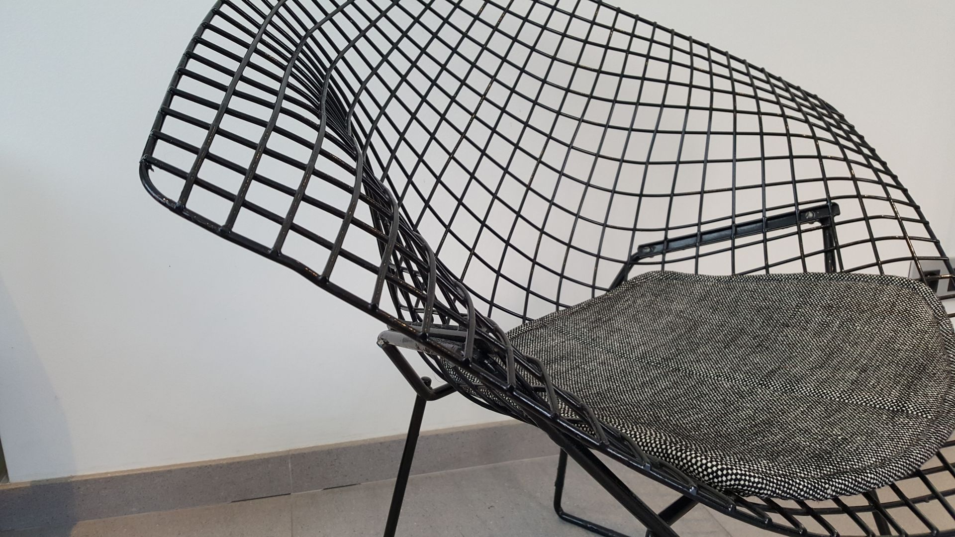 Harry bertoia for knoll inc bird chair catawiki -  Knoll Inc Bird Chair Catawiki Black Diamond Chair By Harry Bertoia For Download