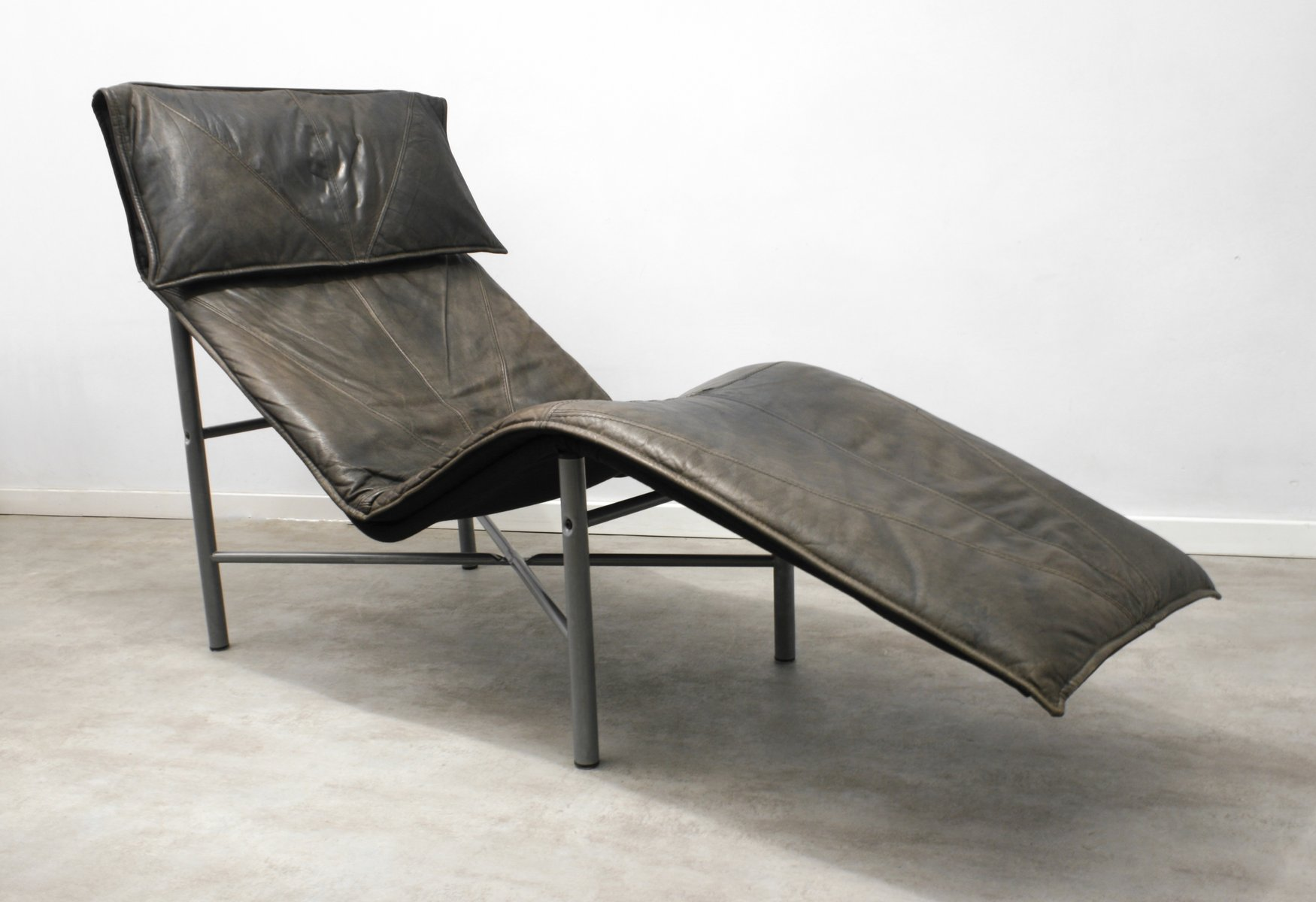Chaise A Ikea Brown Leather Skye Chaise Lounge By Tord Björklund For