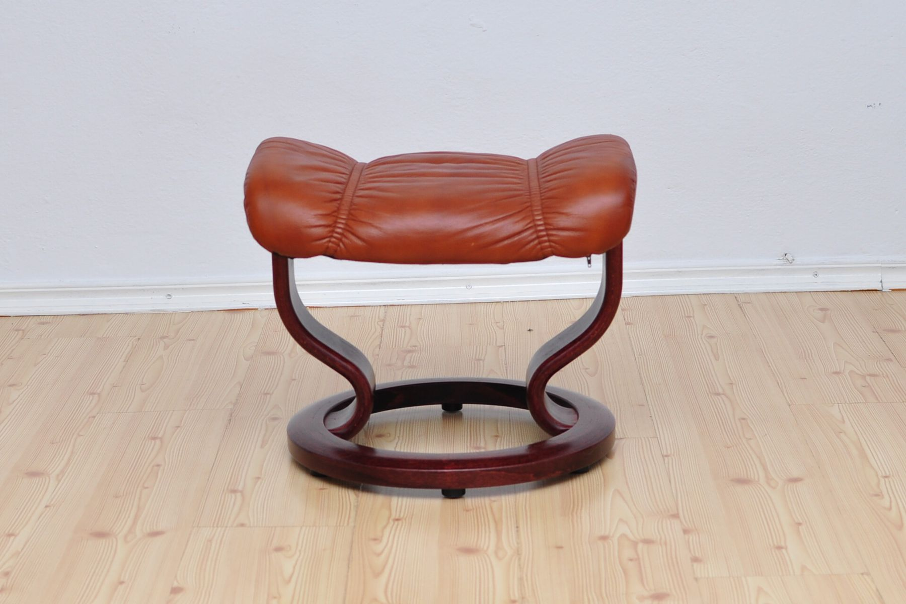 Ekornes Stressless France Consul Lounge Chair And Ottoman From Stressless Ekornes