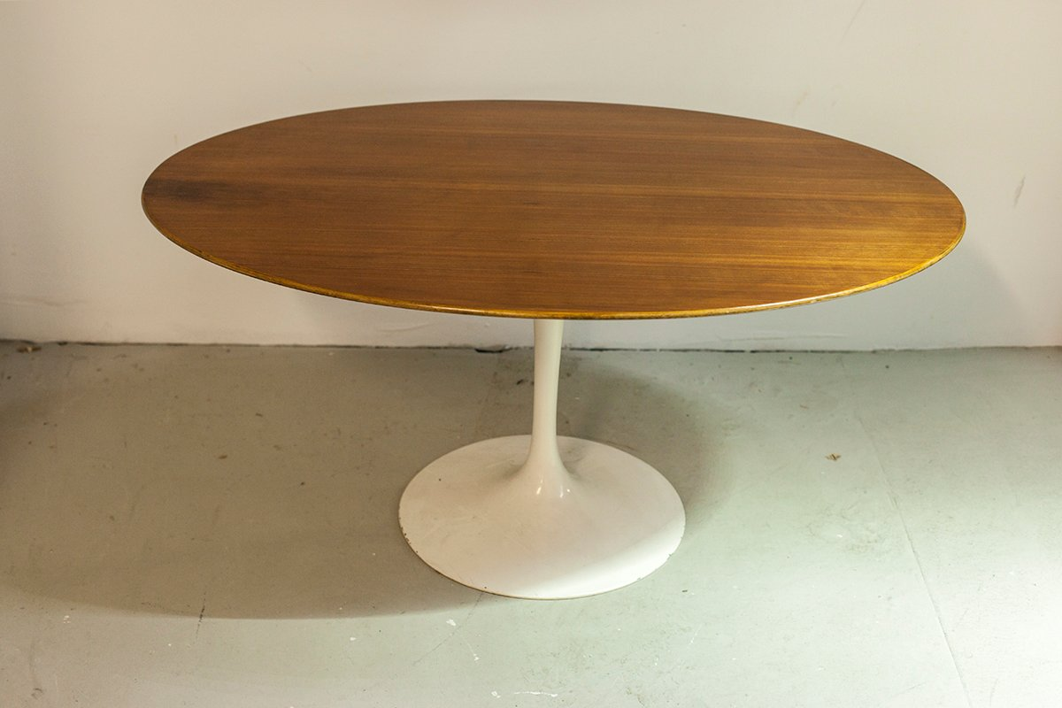 Table Ovale Saarinen Table Basse Ovale Par Eero Saarinen Pour Knoll