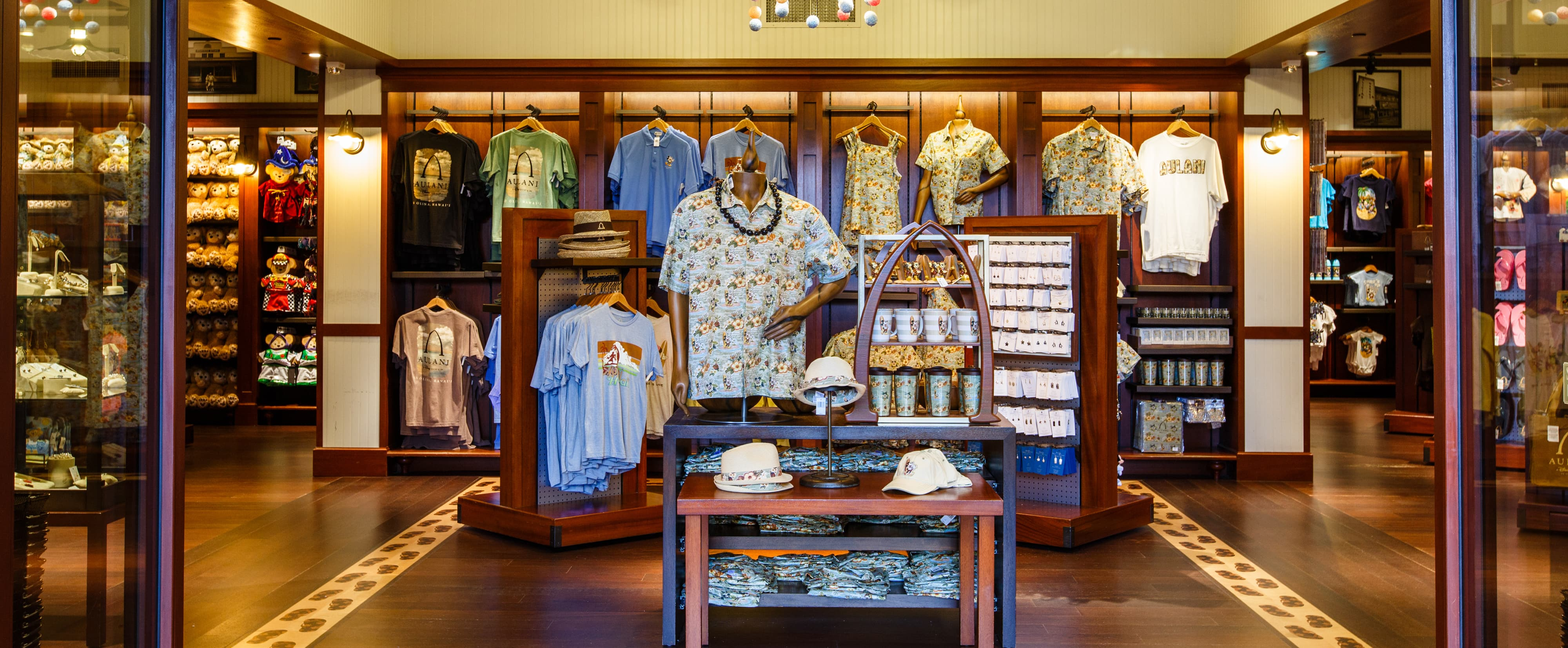 Cash Pool Pro Kalepa 39s Store Souvenirs Aulani Hawaii Resort And Spa