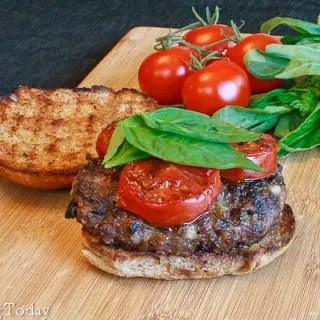Lil' Italy Burger - ready to eat