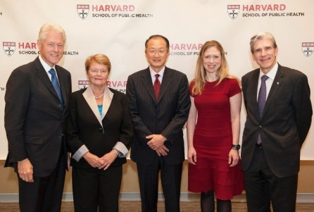 From left, former president Bill Clinton; former WHO director-general Gro Harlem Brundtland, MPH '65; World Bank president Jim Yong Kim, MD '91, PhD '93; Clinton Foundation vice chair Chelsea Clinton; Dean Julio Frenk.
