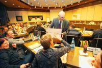 Sportzentrum in Leonberg: Brgerentscheid ber Hallenbad ...