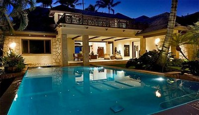 14 Images of Kelly Slater's New Haleiwa Digs | The Inertia