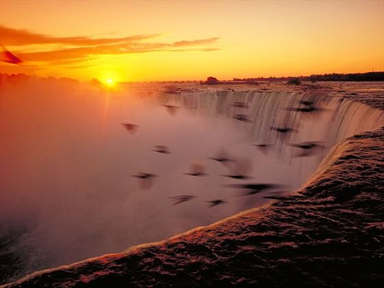 Beautiful Niagara Falls Wallpaper Niagara Falls Holidays Ontario In 2017 2018 Canadian Sky