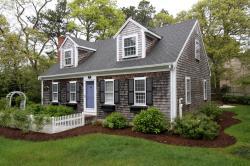 Cheerful Michigan Sale Faded Cedar Shingles Cape Cod Homes Sale Barnstable Cape Cod Homes Sale Five Cape Cod Houses