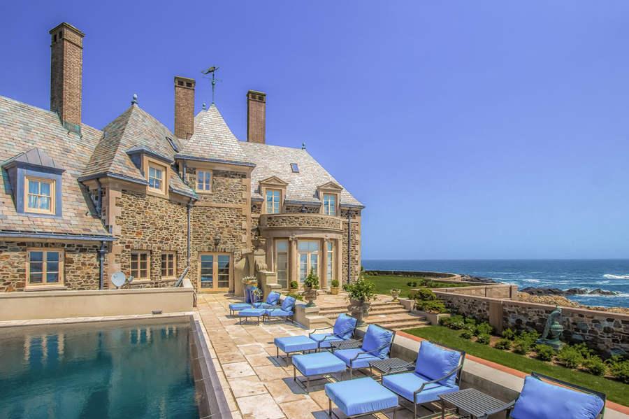 Pantone 2017 Jay Leno Just Bought A Newport Mansion And It's Jaw-dropping