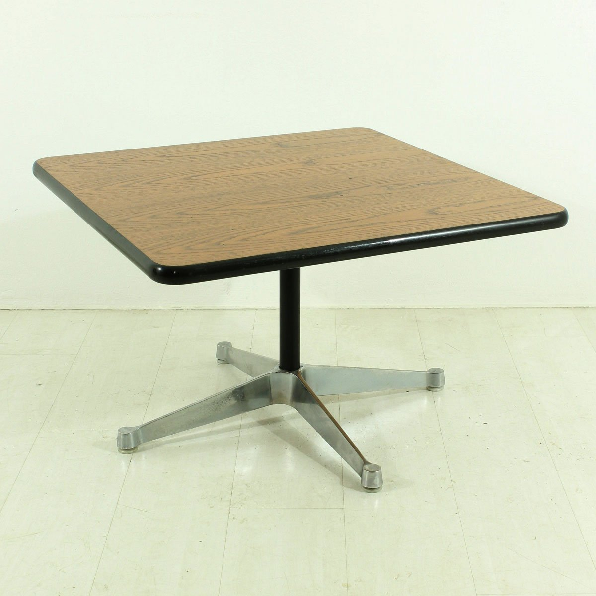Homecraft Couchtisch Eames End Table