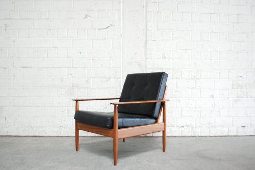Medium Of Modern Easy Chair
