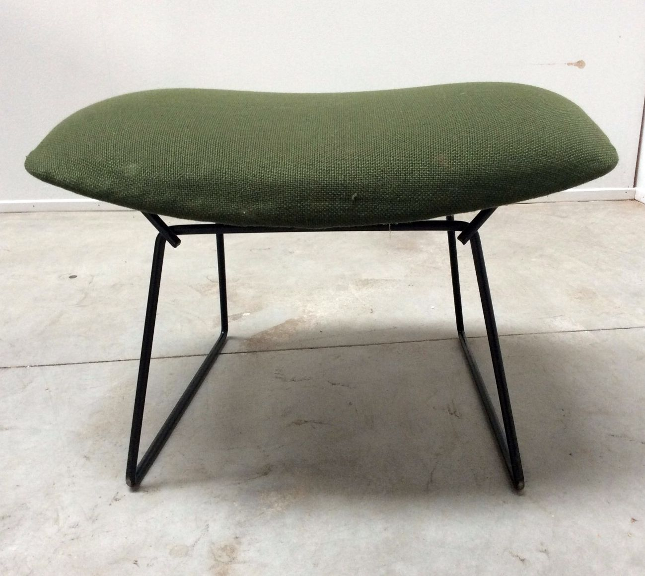 Knoll International Diamond Großer Sessel Vintage Diamond Sessel Und Ottomane Von Harry Bertoia Für