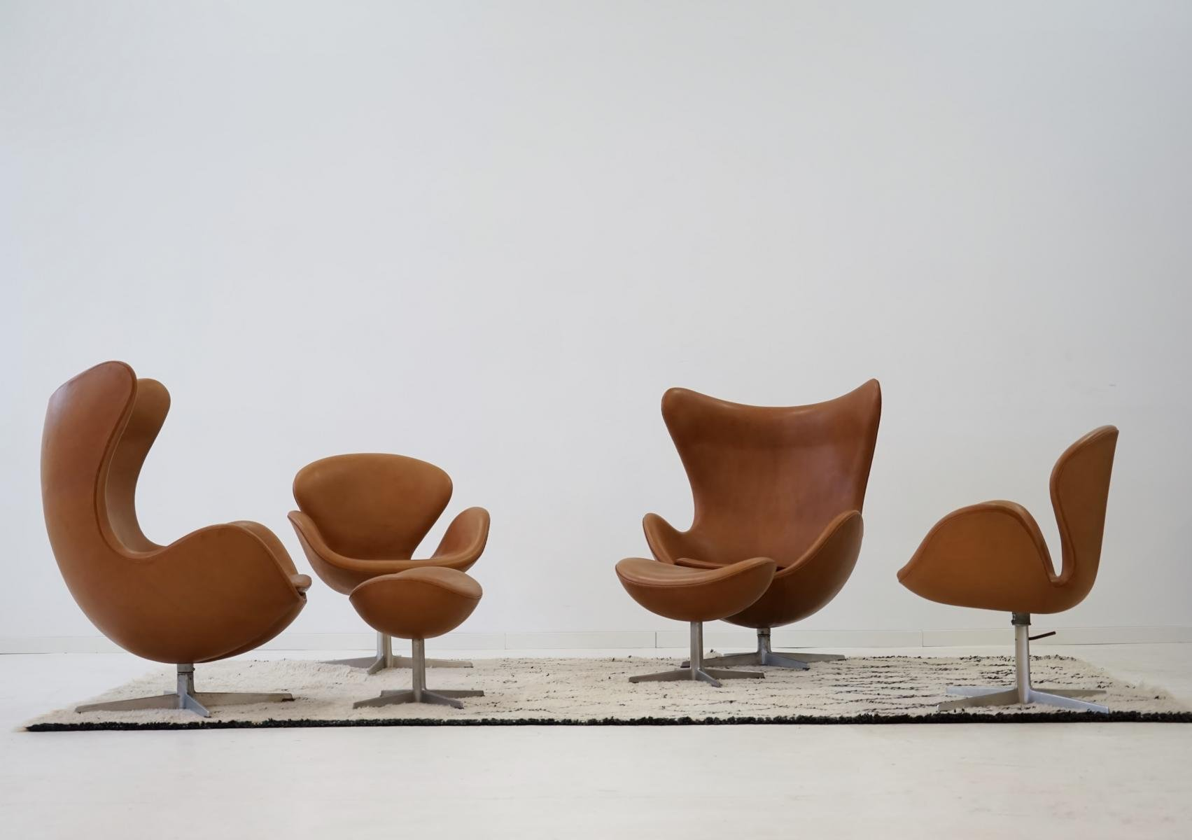 Egg Chair Leder Lounge Stoel Egg Chair Kasjmier Koffie