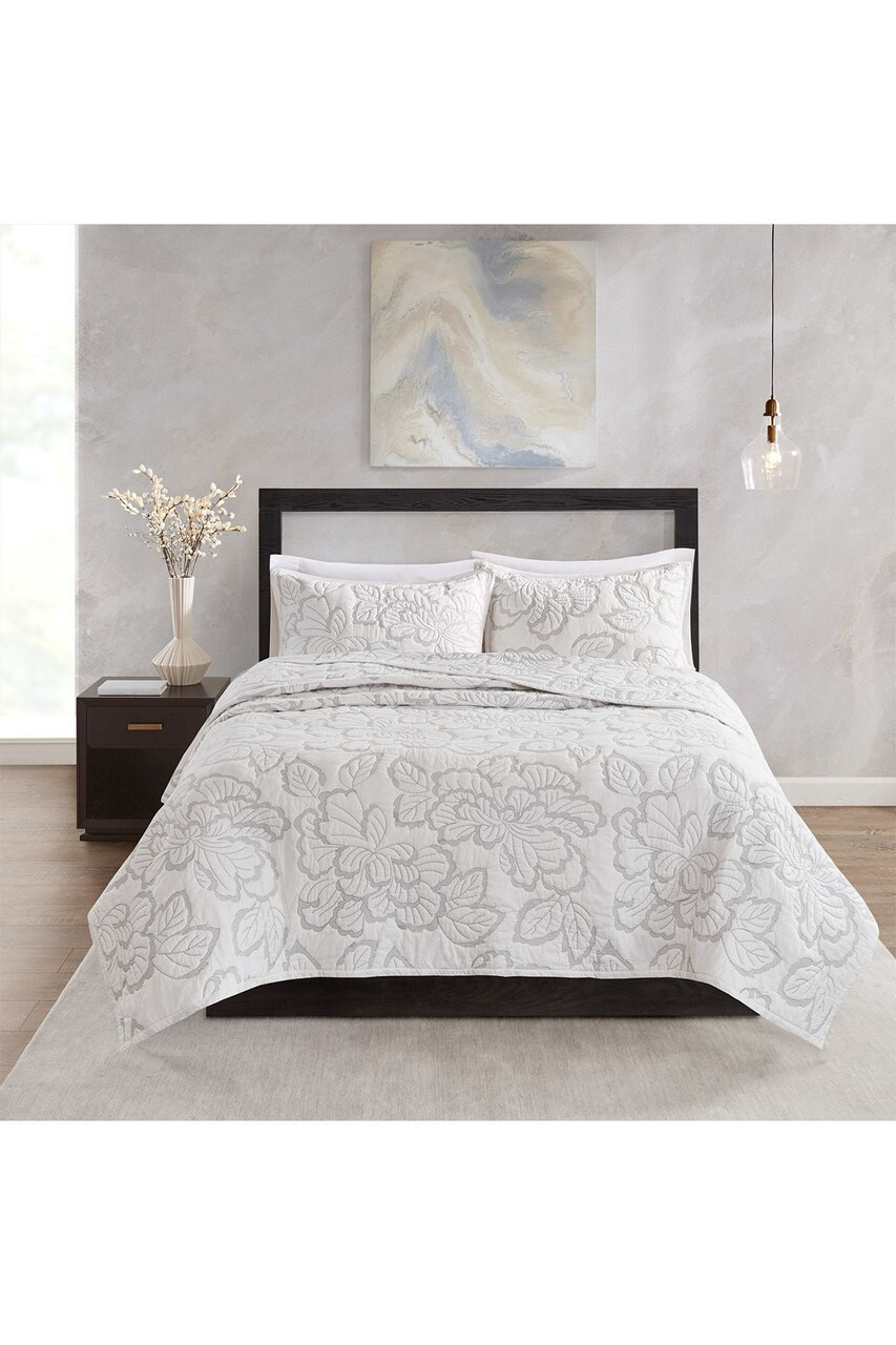 Duvet And Comforter Sets Kira Quilt White Comforter Set