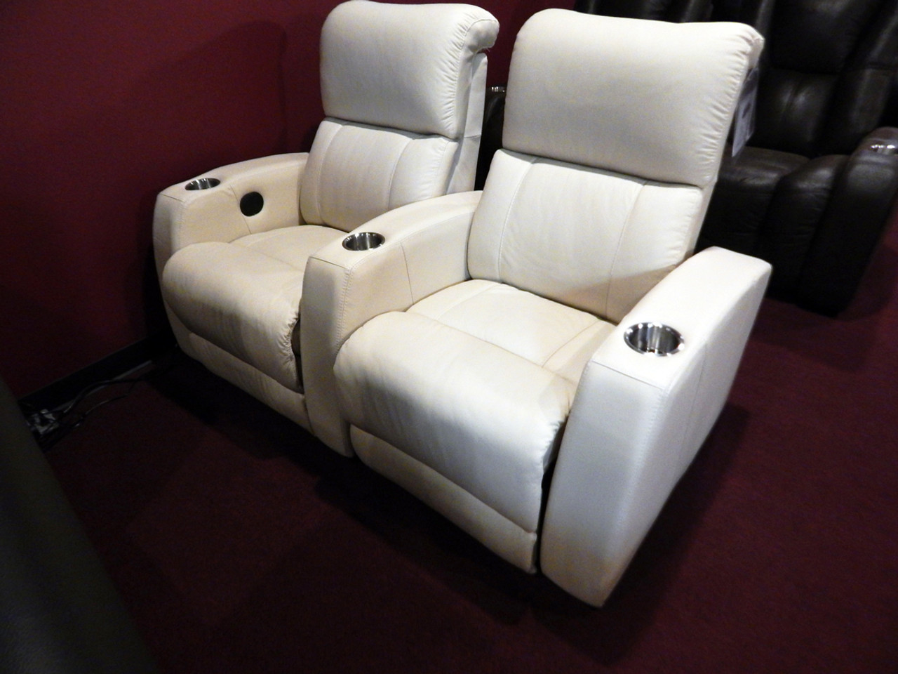 Clearance Showroom Leather Home Theater Hifi Home Theater Recliner 2 Pcset Leathershoppes Com