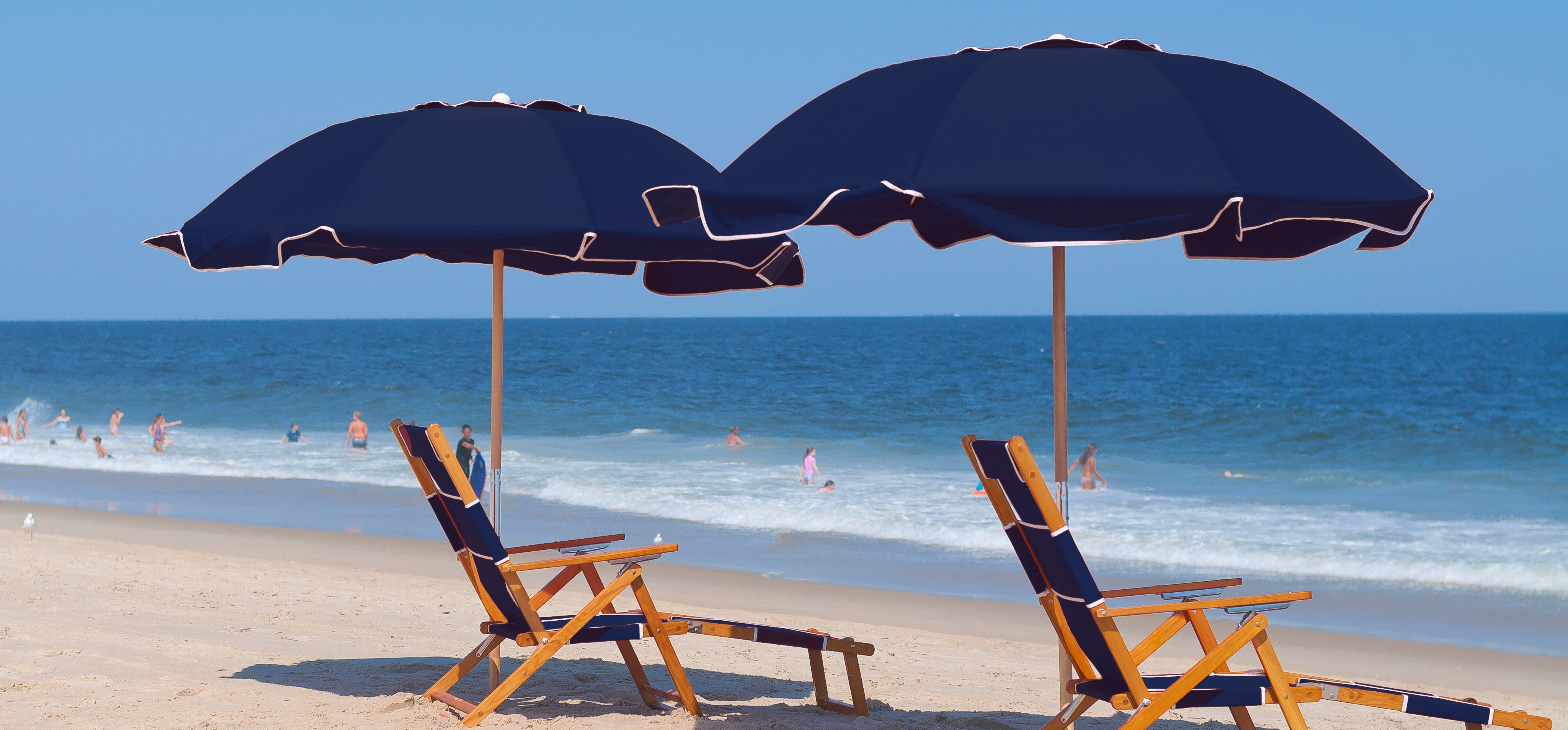 Commercial Beach Umbrellas Low Pricing