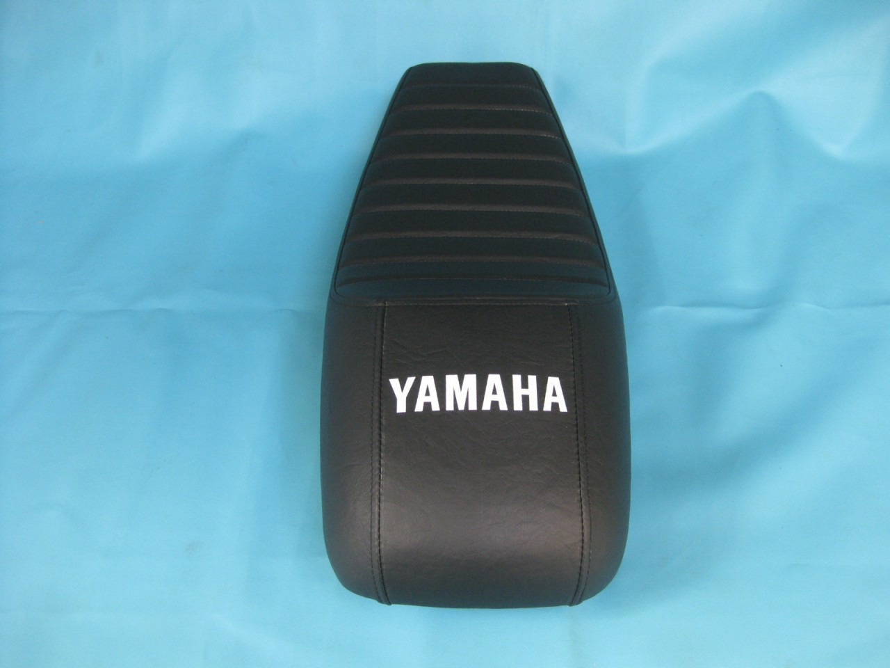 Garage Seat Lens Yamaha Rd250 Rd350 Cafe Racer Complete Seat 4018