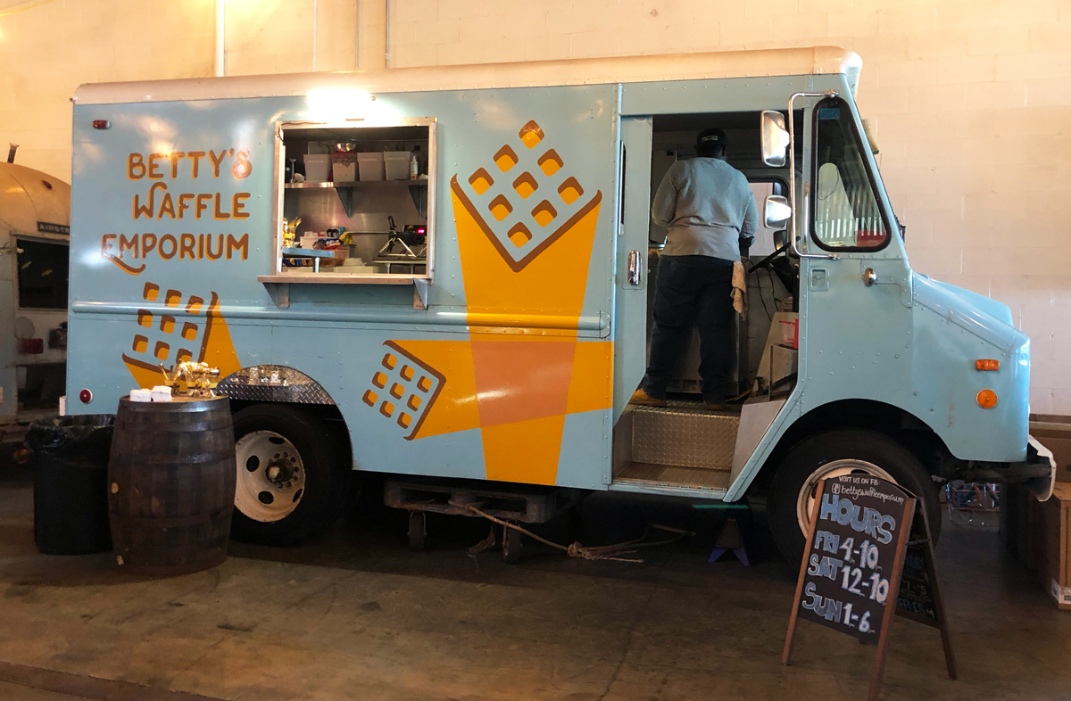 Garage Brewing Truck At Betty 39s Waffle Emporium New To Monday Night 39s Garage