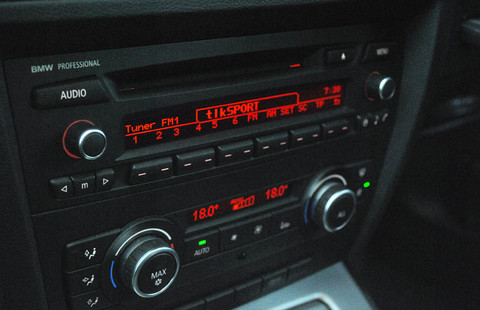 Car DAB radio, convert car to DAB with this in-car dab radio