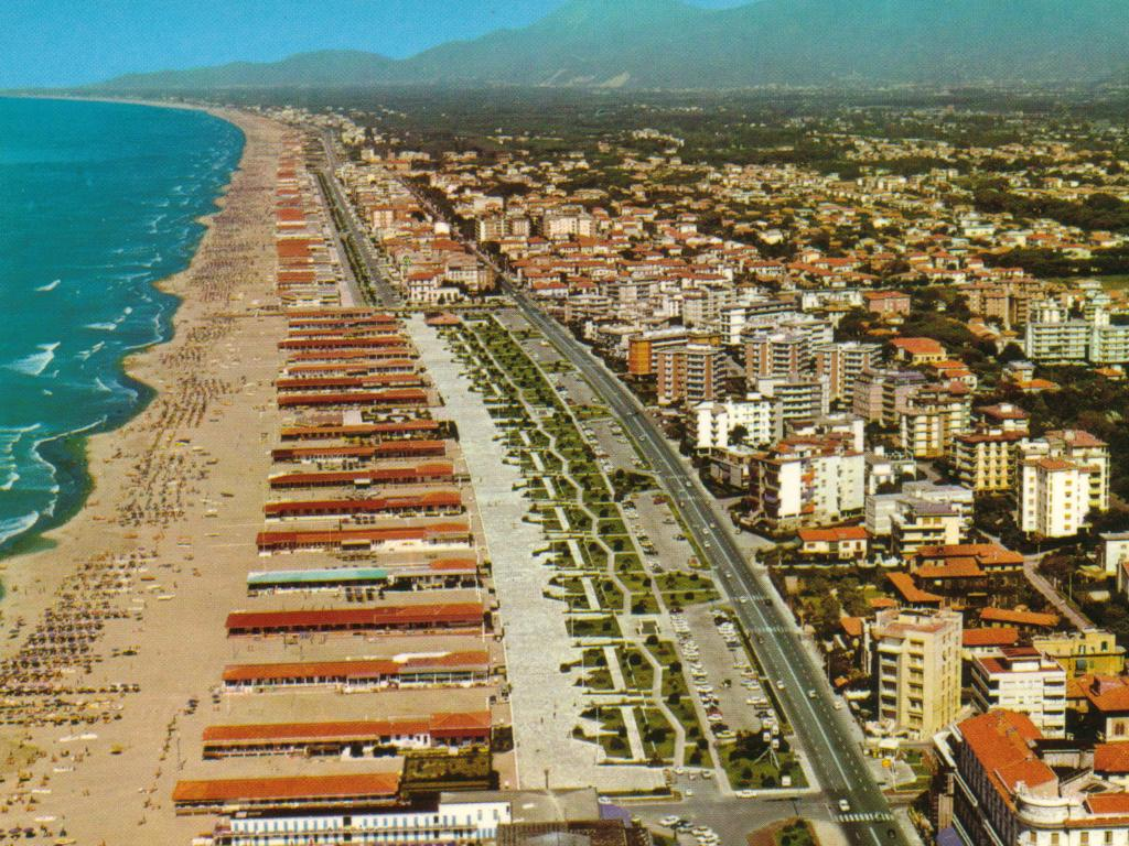 Bagno Balena Viareggio Viareggio An Introduction To The Versilia Coast Beaches