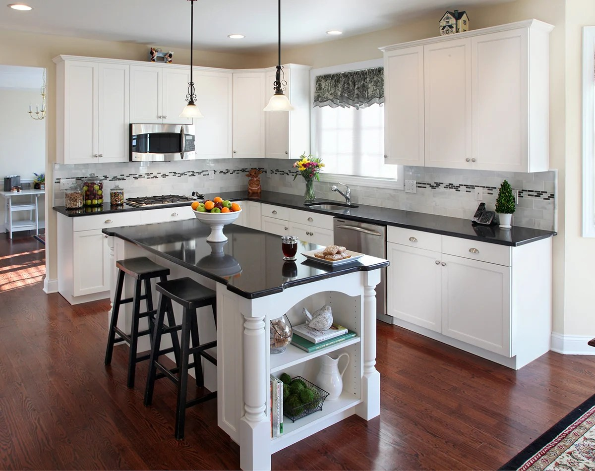 what countertop looks best with white cabinets kitchen with white cabinets