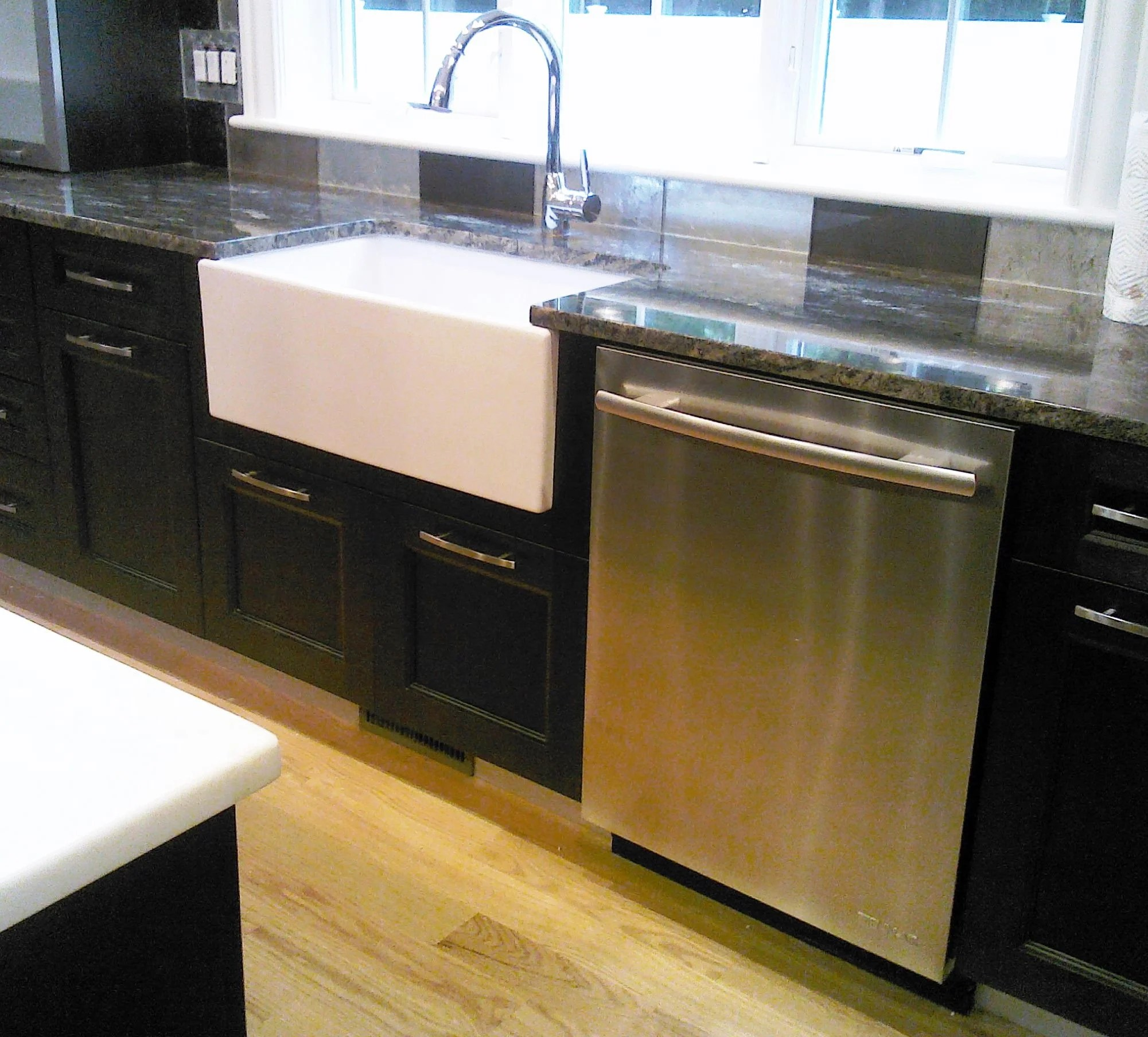 YXByb farm kitchen sink Apron front kitchen sink cast iron Black Granite Farmhouse Kitchen Sink U Quicua